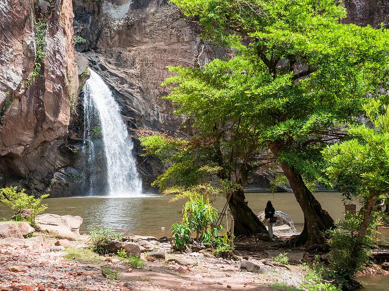 น้ำตกชาติตระการ (Chat Trakan Waterfall)