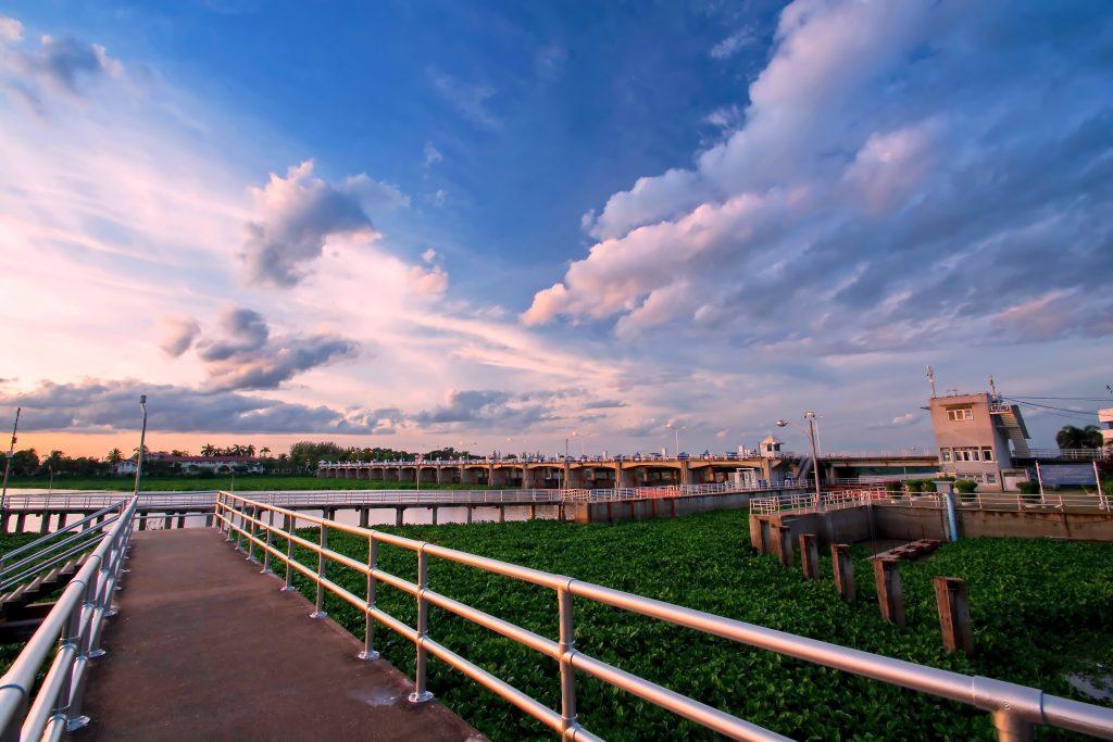 เขื่อนทดน้ำแห่งแรกของประเทศไทย... เขื่อนเจ้าพระยา จังหวัดชัยนาท