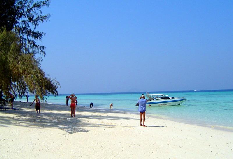 """เที่ยวพักผ่อน One day one trip ที่ """"เกาะไผ่"""" จังหวัดชลบุรี"""
