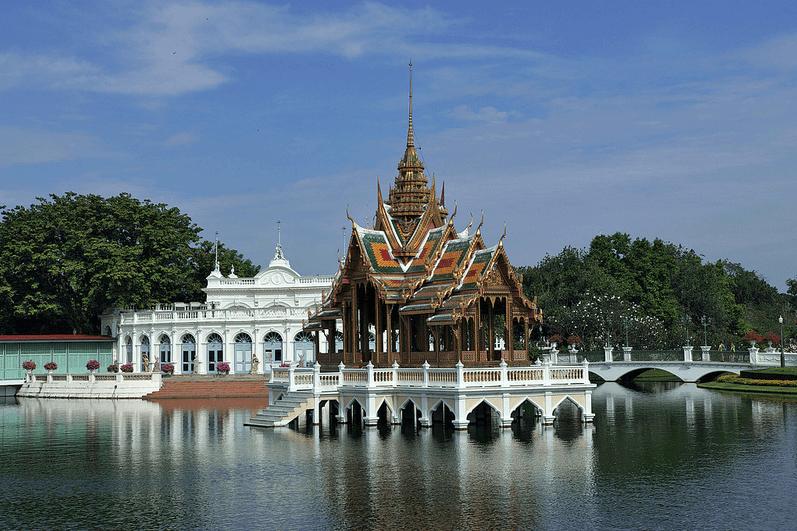 พระราชวังบางปะอิน (Bang Pa-In Palace)